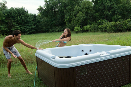 Fun-in-a-hot-tub-from-Nordic-Tubs-2