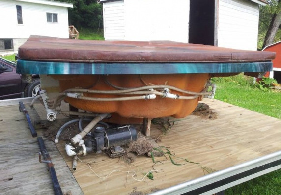 bad used hot tub